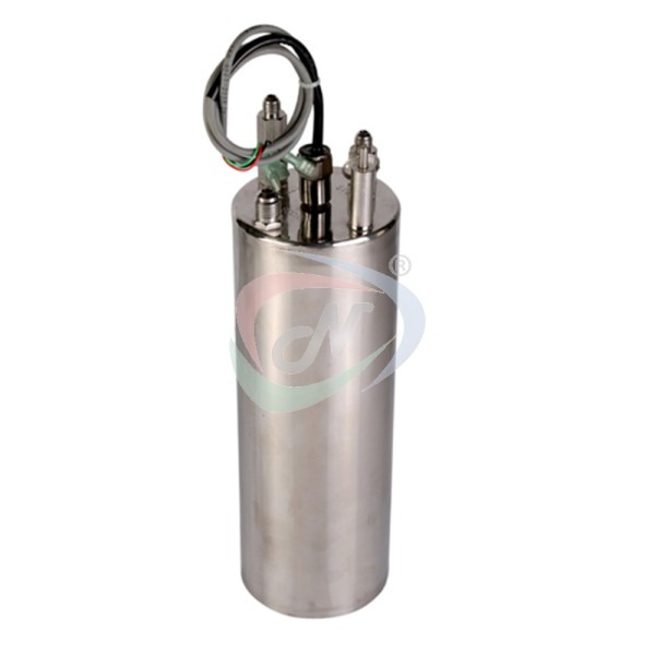 https://www.natronequipments.com/upload/product/softdrink-carbonation tank.jpg